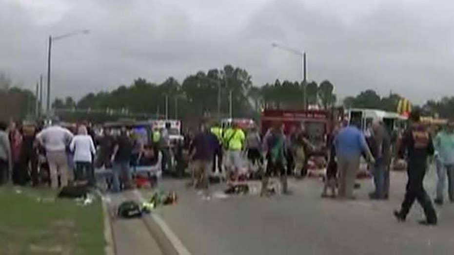 Vehicle plows into crowd at Mardi Gras parade in Alabama