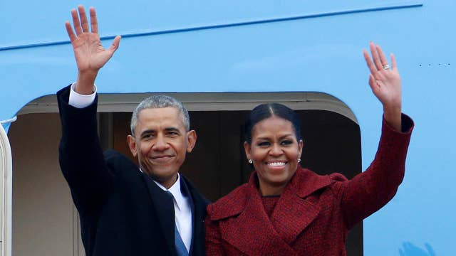 Report: Obamas sign record-setting book deal