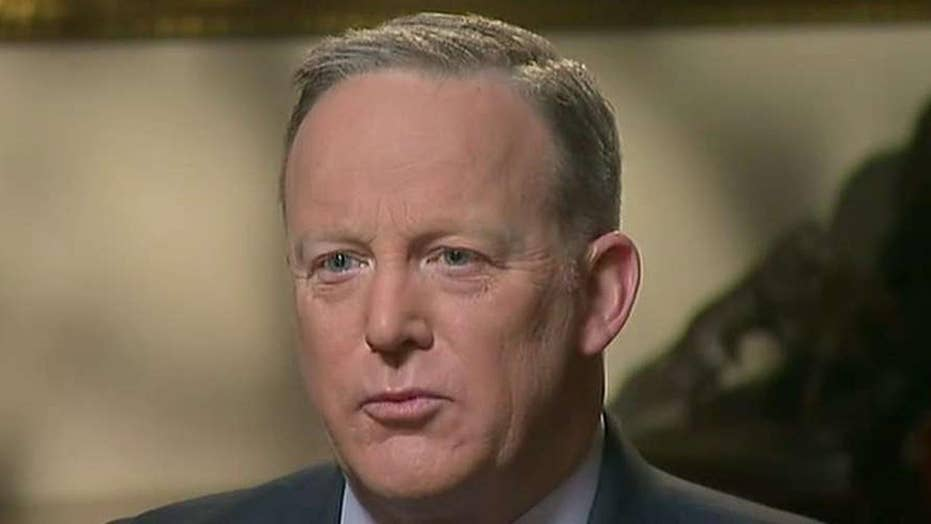 Sean Spicer: No reason for Sessions to recuse himself