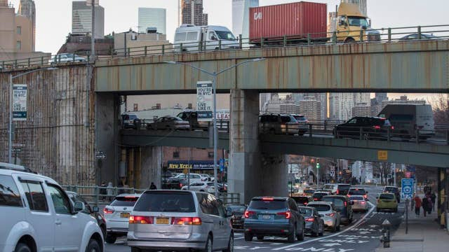 Experts say $1T infrastructure plan could face roadblocks