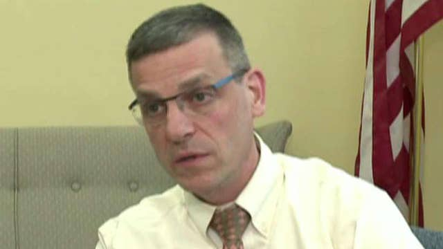 Vermont mayor says Syrian refugee plan cost him re-election