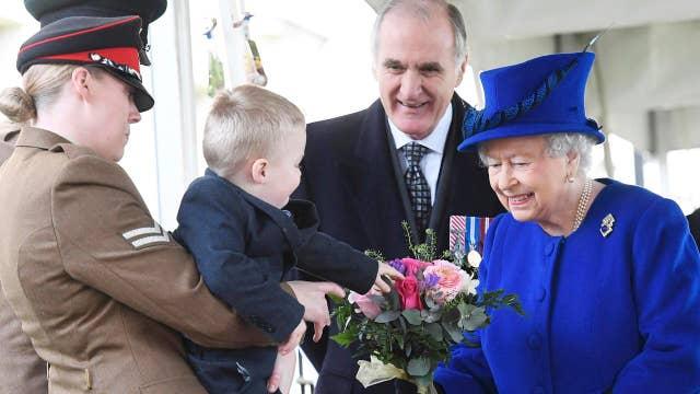 Royal meltdown: Boy throws fit while meeting Queen Elizabeth