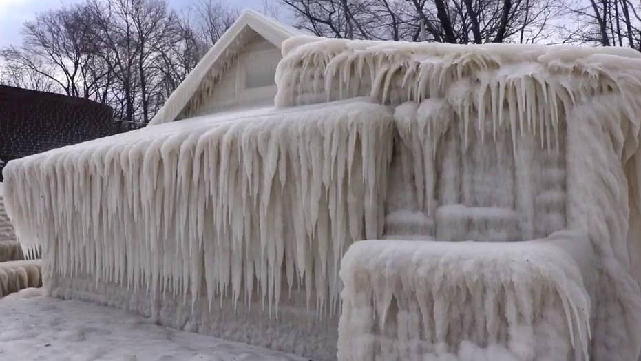 'Frozen' in real life? 'Ice house' fully covered in icicles