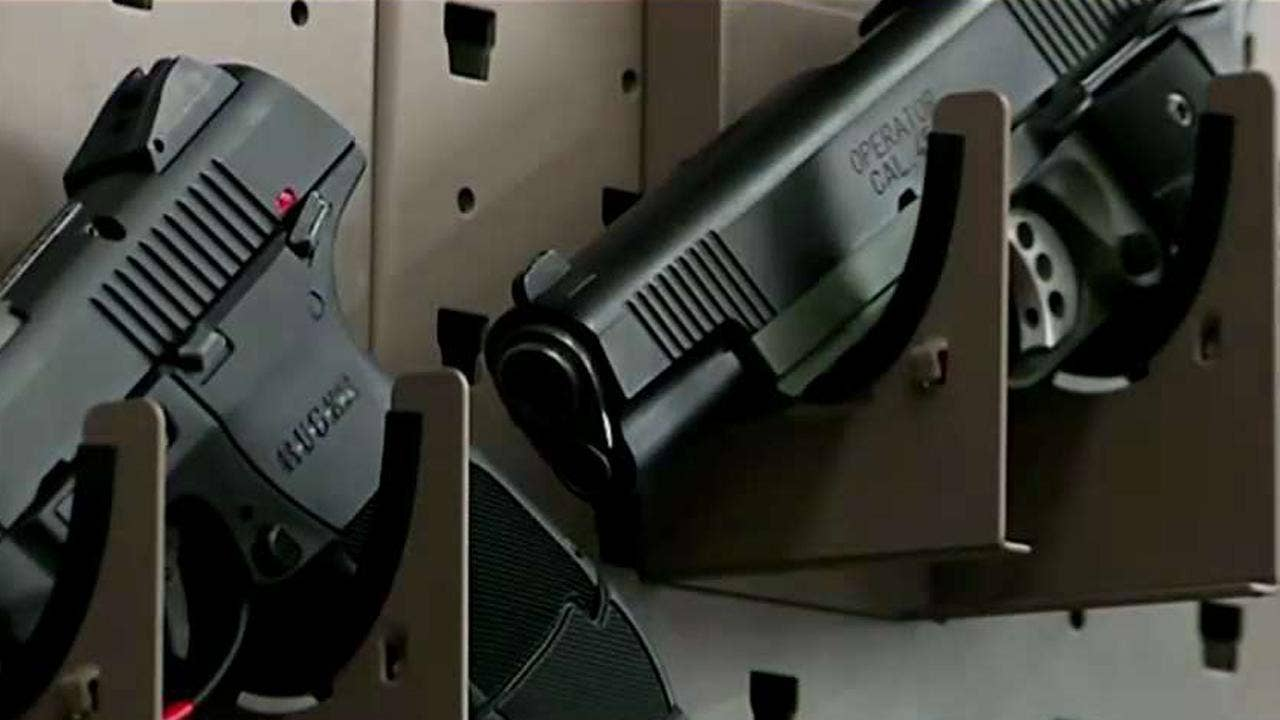 EMTs, firefighters need guns, Texas lawmakers say