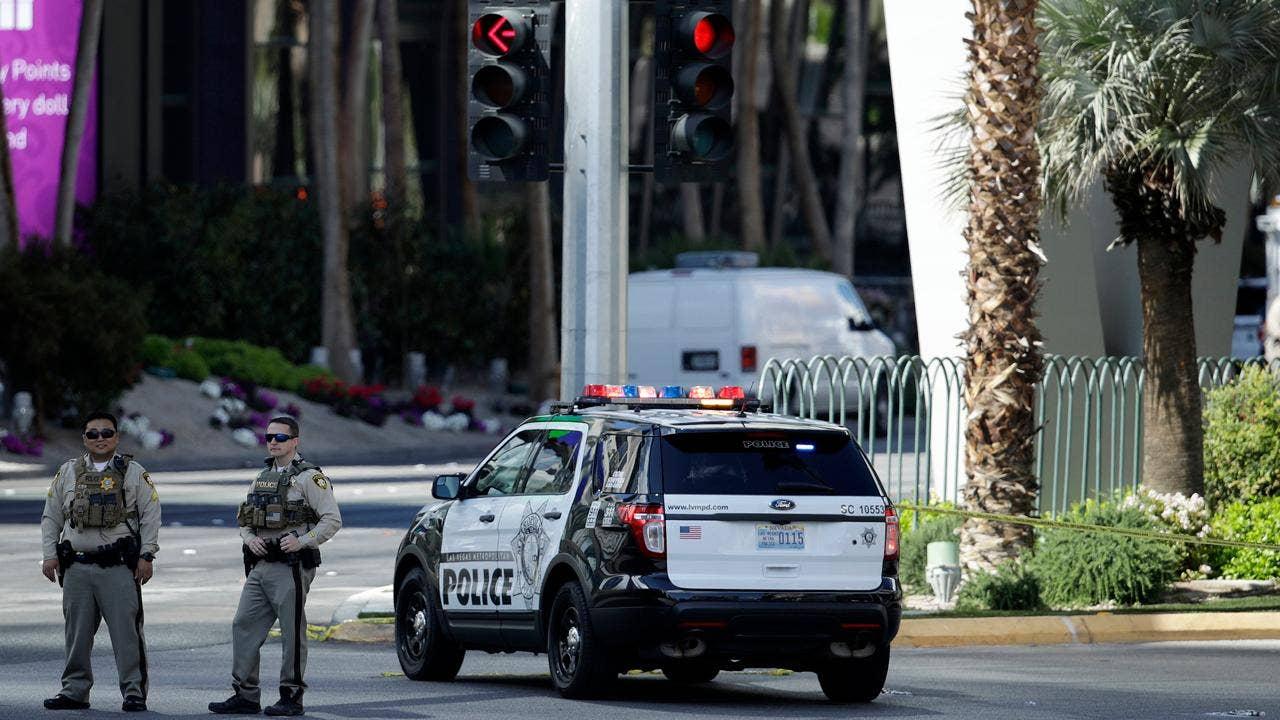 Vegas Strip reopens after gunman surrender, fatal shooting