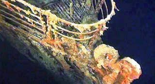 Tourist companies set to transport passengers to the bottom of the ocean floor, to explore the wreckage site and remains of the Titanic