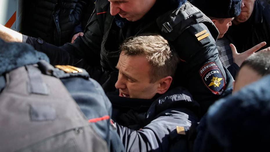 Russian opposition leader jailed during anti-Kremlin protest