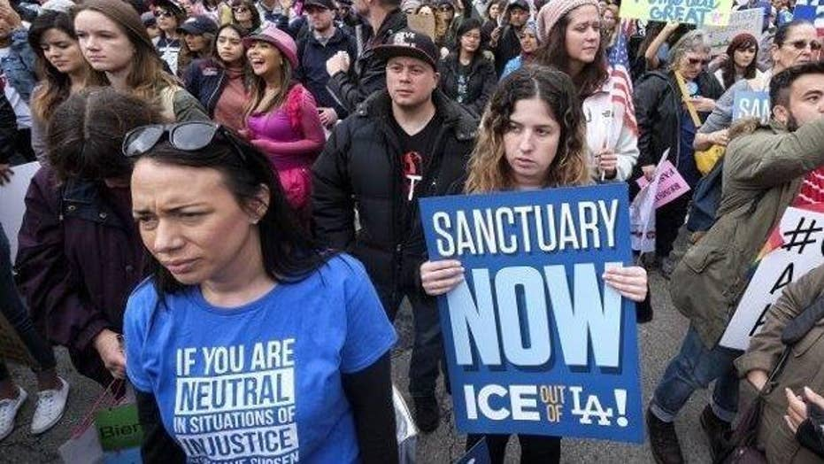 Punishing sanctuary cities