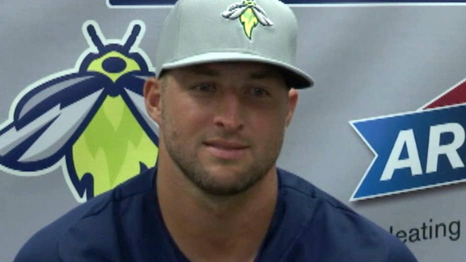 Tim Tebow talks about belief in God and baseball