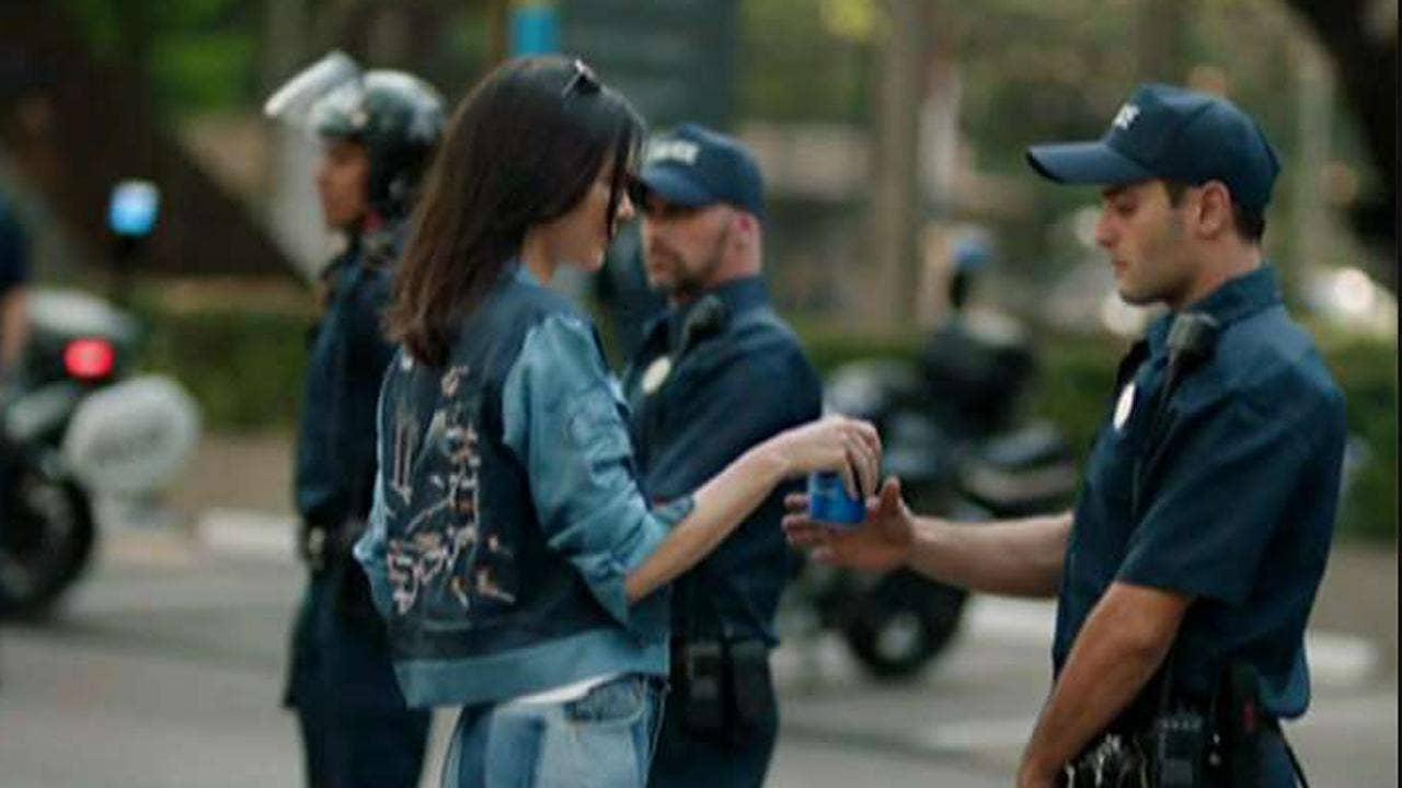 latimes.com Pepsi pulls Kendall Jenner ad after backlash