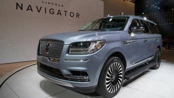 Lincoln Chief Exterior Designer Earl Lucas discusses the styling of the all-new 2018 Navigator