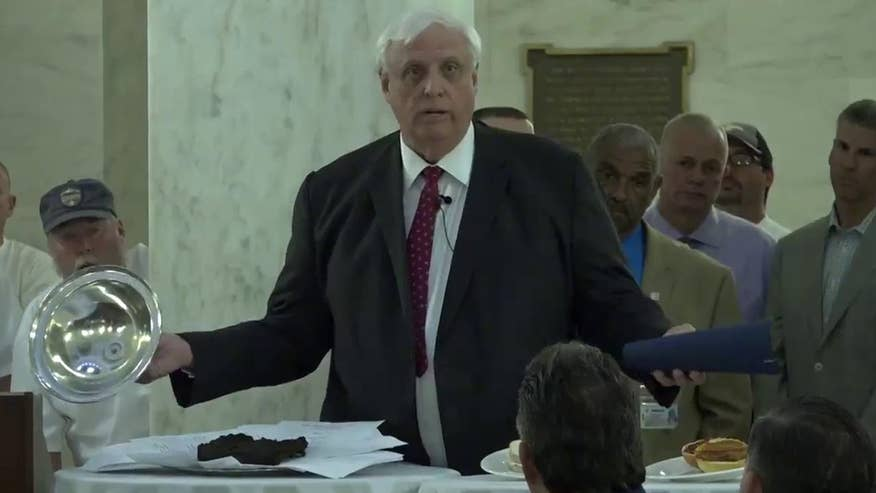Raw video: West Virginia Governor Jim Justice vetoes 'bull you-know-what' budget bill in dramatic fashion