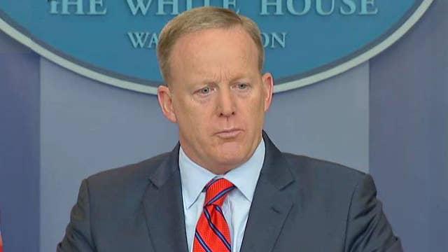 Spicer contrite over Hitler blunder