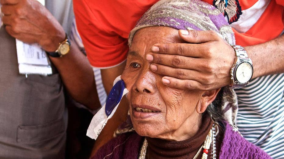 Doctors stop preventable blindness in developing nations