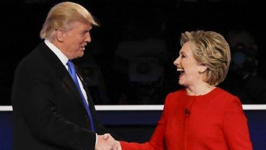 Trump beats Clinton again in poll: Shouldn't Dems retool?