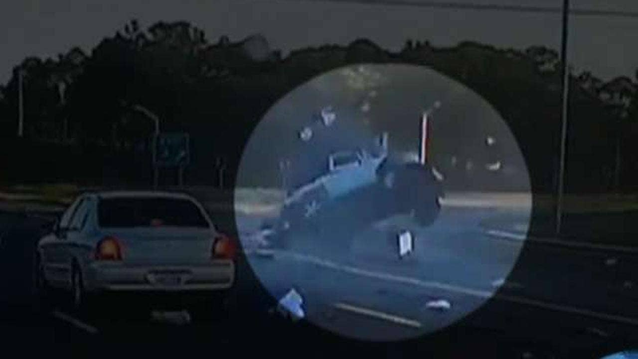 Jeep driver ejected in Alabama crash miraculously walks away from wreck
