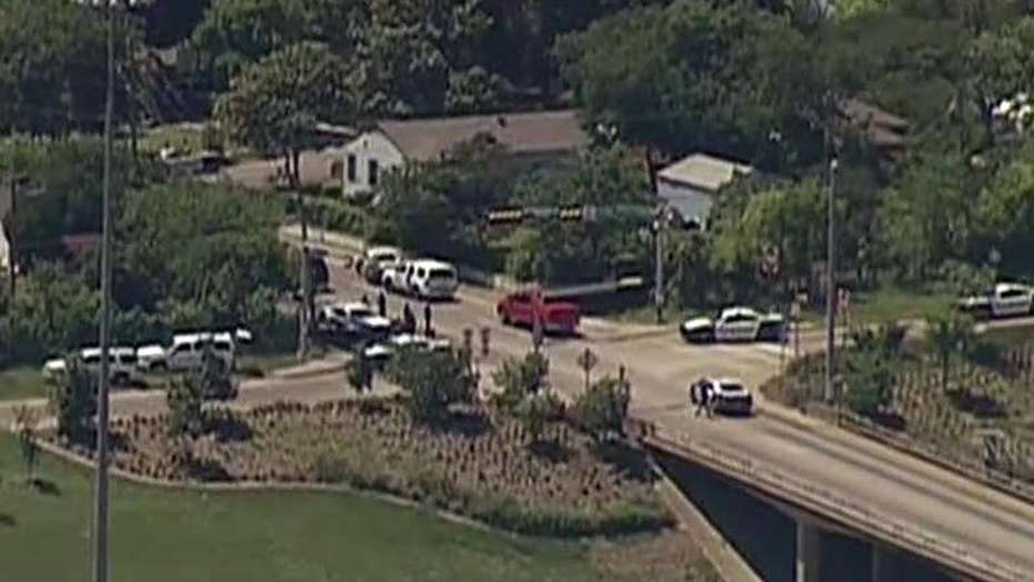 Dallas firefighter shot, police searching for gunman