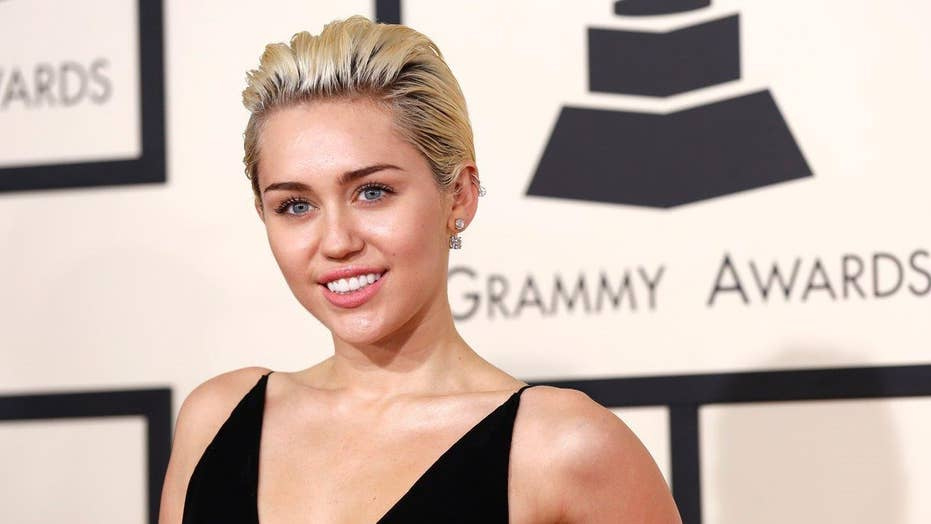 Miley Cyrus gets clean