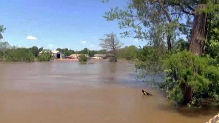 Arkansas governor asks for federal aid after severe floods