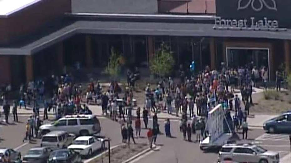 Minnesota students walk out of class to support cops