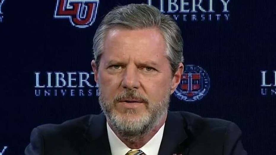 Jerry Falwell Jr. praises Trump's commencement speech