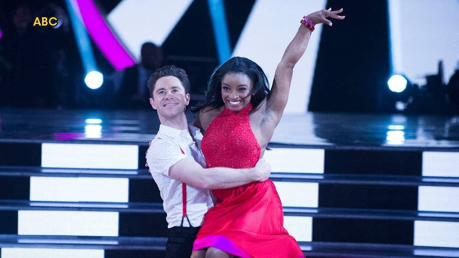 'DWTS' frontrunner gets sent home