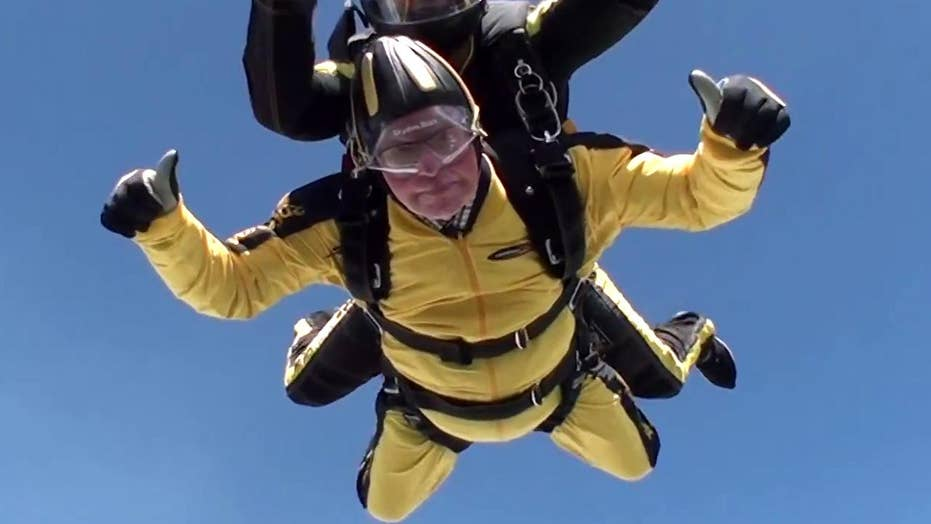 101-year-old D-Day veteran becomes world's oldest skydiver