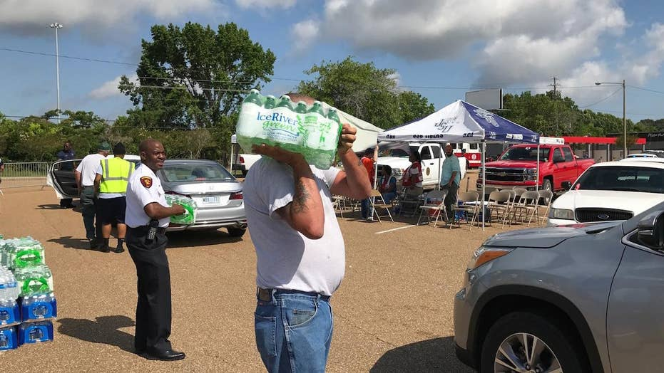 Nearly 30K without water in Mississippi after pipe burst