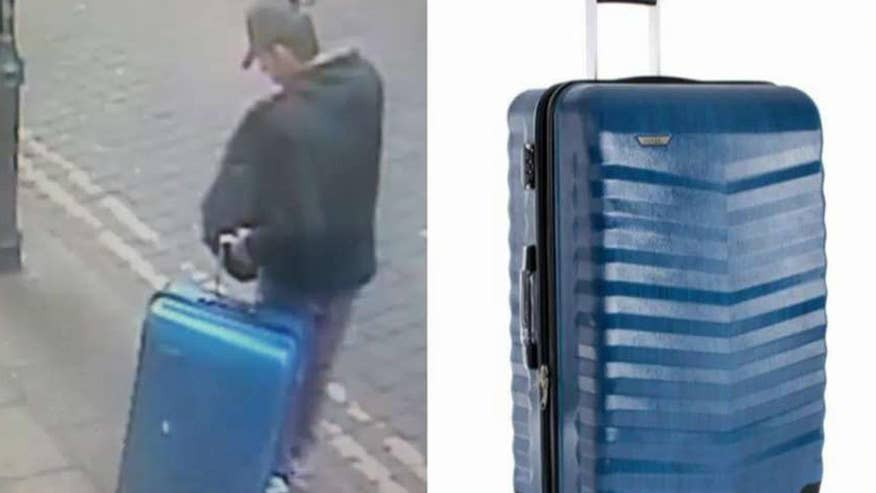 New photos released show Salman Abedi with luggage
