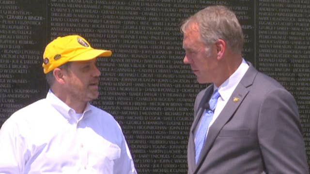 Interior Secretary Zinke visits Vietnam Veterans Memorial