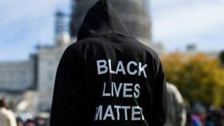 Black Lives Matter throws 'black only' Memorial Day party