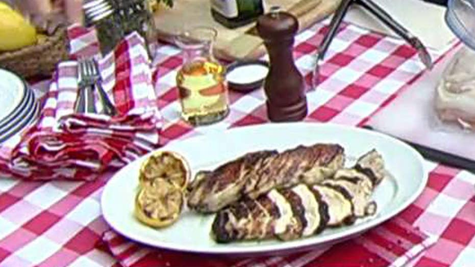 Cooking with 'Friends': Bobby Flay's marinated chicken