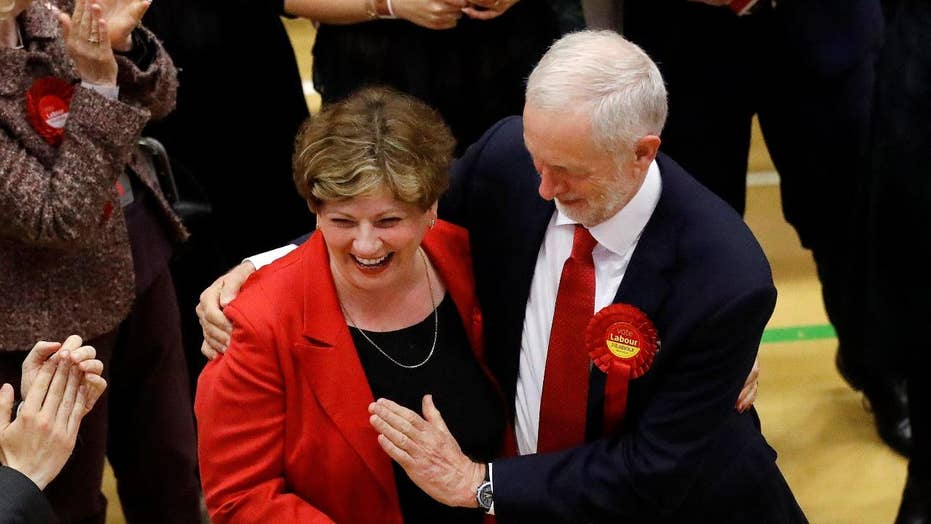 Early British election results point to upset