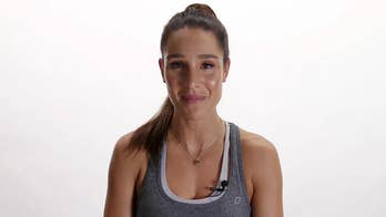BBG trainer Kayla Itsines: Alcohol is 'poison,' but carbs sure aren't