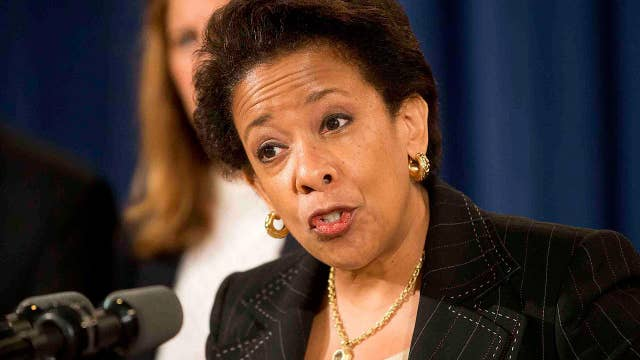 Lynch 'slowing' Clinton probe: Just like Trump-Comey?