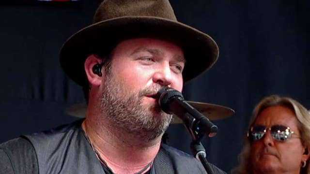Country star Lee Brice performs 'Boy'