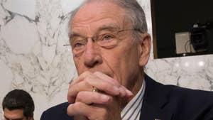 Raw video: Senate Judiciary Committee chairman comments on Glenn Simpson