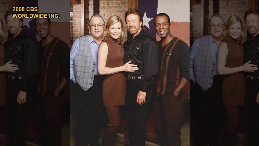 Fox411: 'Walker, Texas Ranger' actress says Chuck Norris was originally ticked off by the 'Chuck Norris Facts' jokes but has since learned to love them
