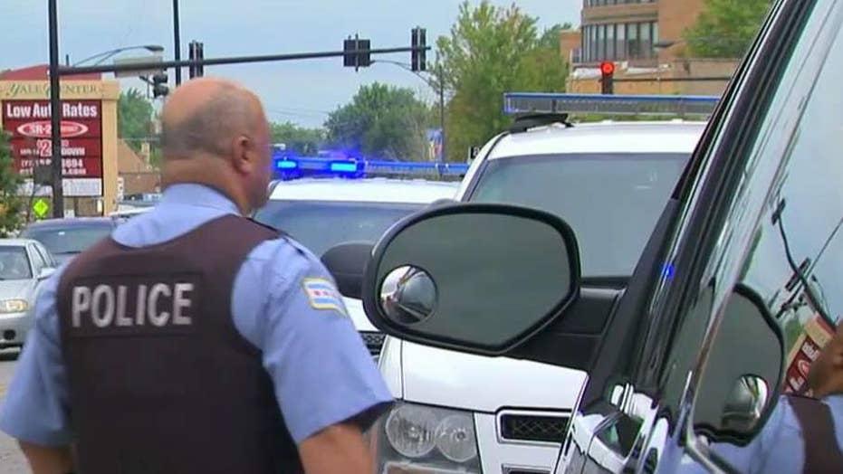 Chicago panel works to restore trust between cops, citizens