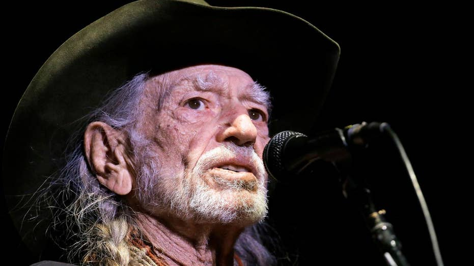 Willie Nelson blames high altitude for cutting show short
