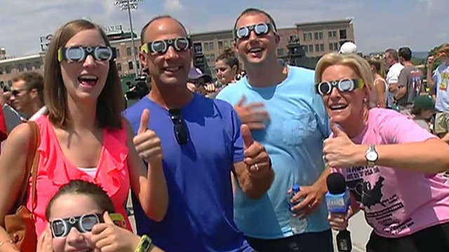 Janice Dean dives into eclipse mania in South Carolina