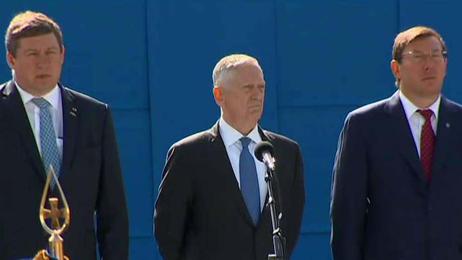 Mattis scolds Russia aggression during visit to Ukraine