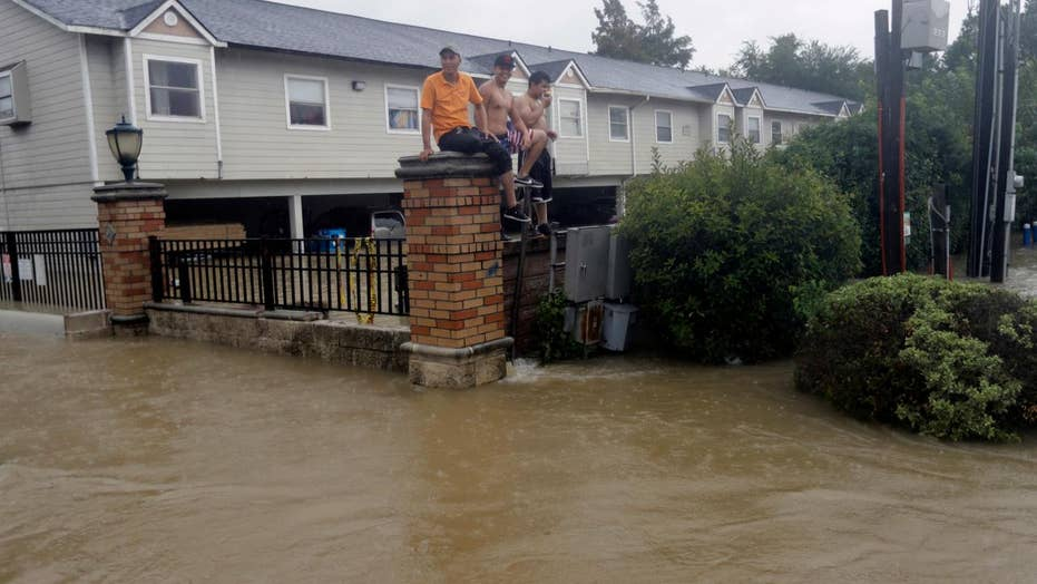 Did call to evacuate Houston come too late?