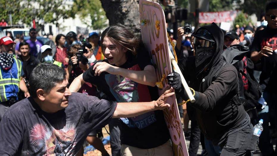 Antifa members attack peaceful right-wing demonstrators