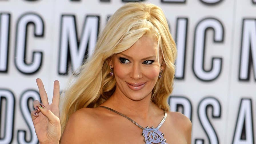 Fox411: Jenna Jameson and Traci Lords are but a few previously X-rated performers who have managed to parlay their controversial careers into the mainstream