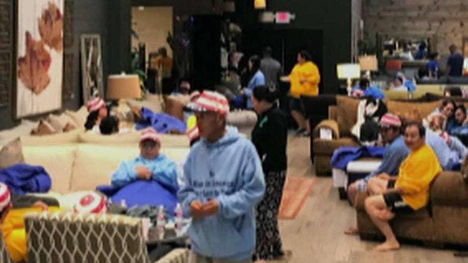 Houston mattress store opens doors to hurricane evacuees