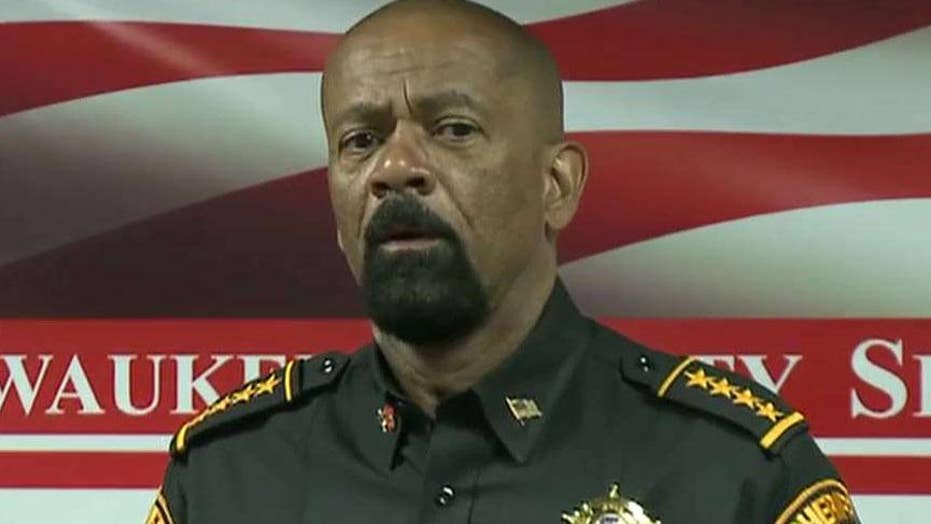 David Clarke resigns as Milwaukee county sheriff