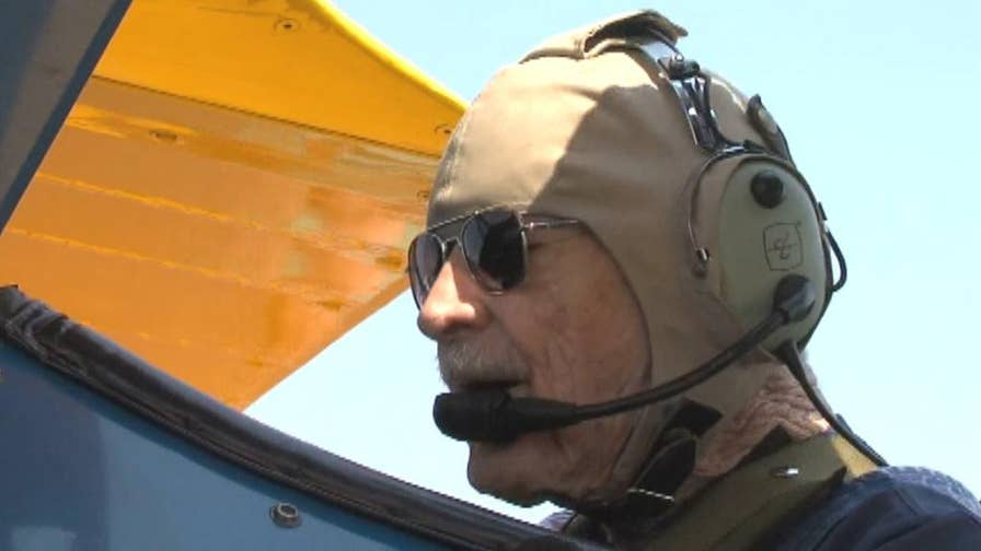 91-year-old Navy and Air Force pilot gets to fly again