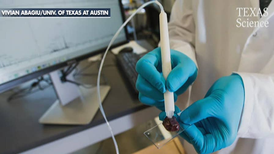 A pen that detects cancer cells in 10 seconds has been developed at the University of Texas at Austin. The new device is aimed at helping surgeons pinpoint cancer cells and more precisely remove malignant tumors