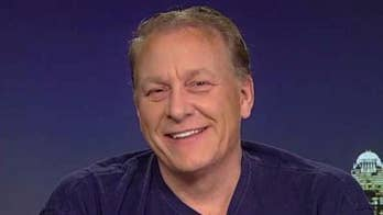 Former baseball great Curt Schilling wants to help hurricane-ravaged Puerto Rico with Operation Bullpen #Tucker